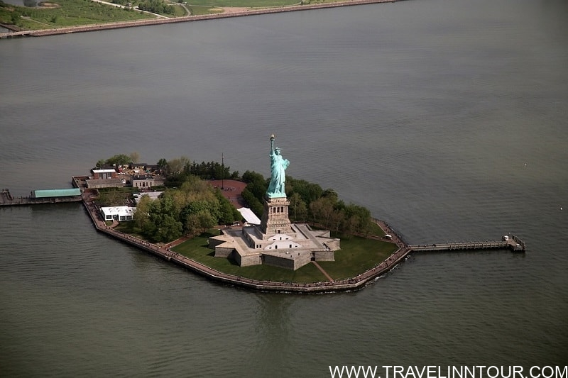 Statue Of Liberty New York - 19 Best Vacation Destinations With Family Around The World