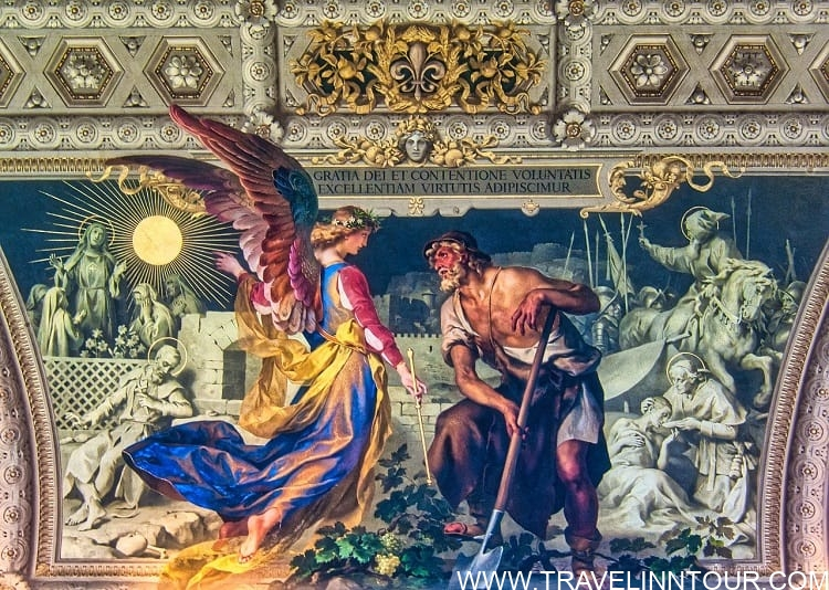 Sistine Chapel St Peters Square Rome - Rome Travel Guide