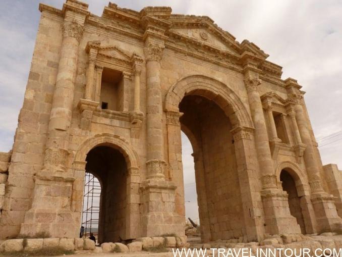 Temple Of Artemis Jerash e1556518526176 - Jordan Travel Guide – So Much More Than Just Petra