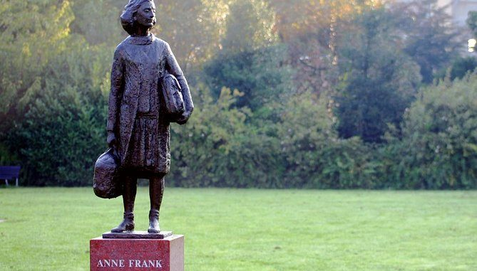 Anne Frank's House 669x381 - Amsterdam Sightseeing: Tourist Guide To Amsterdam Part 3