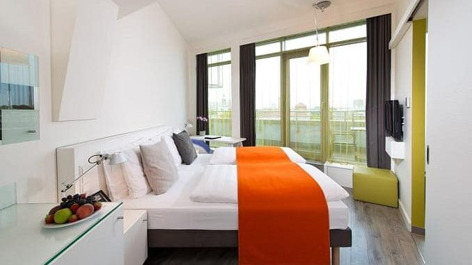 Where To Stay in Amsterdam 678x381 - Amsterdam Travel - Holiday Guide To Amsterdam - Part 1