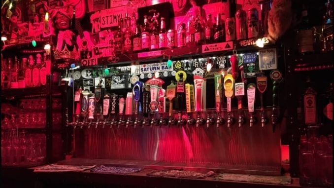 Live Wire 678x381 - The 10 Best Dive Bars in San Diego