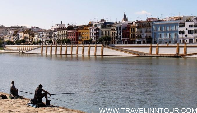 Seville Spain River e1554750531876 - Seville Tourist Guide | Best Places To Visit in Seville, Spain
