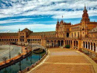 Short City Breaks   Seville Travel Guide