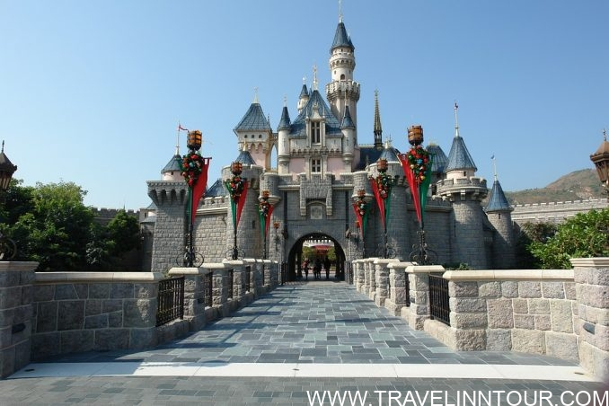 Hong Kong Disneyland Where Dreams Come True e1559958325358 - Hong Kong Disneyland : Where Dreams Come True