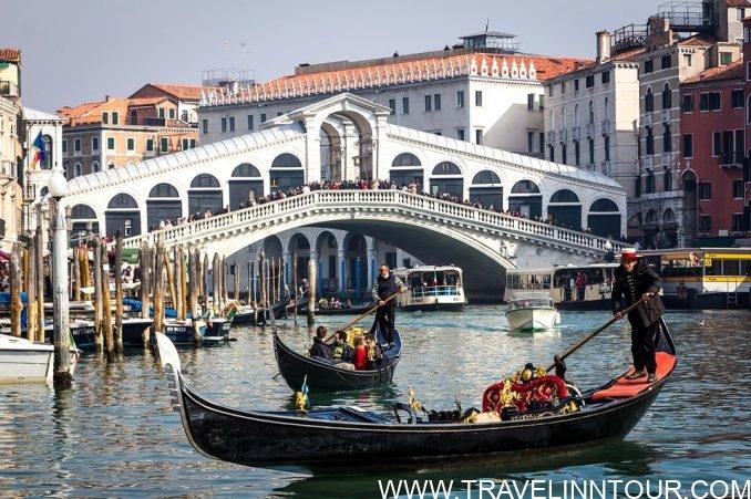 Venice Rialto Bridge Italy e1565033181214 - 10 Best Honeymoon Destinations In The World