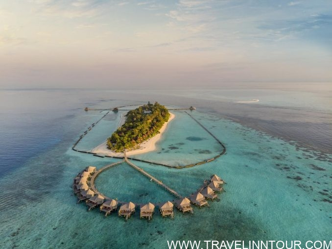Komandoo Island Resort Maldives e1570865319165 - 20 Best Maldives Resorts For Families And Couples