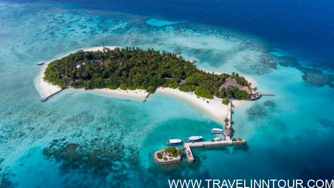 Makunudu Island e1570867599320 - 20 Best Maldives Resorts For Families And Couples