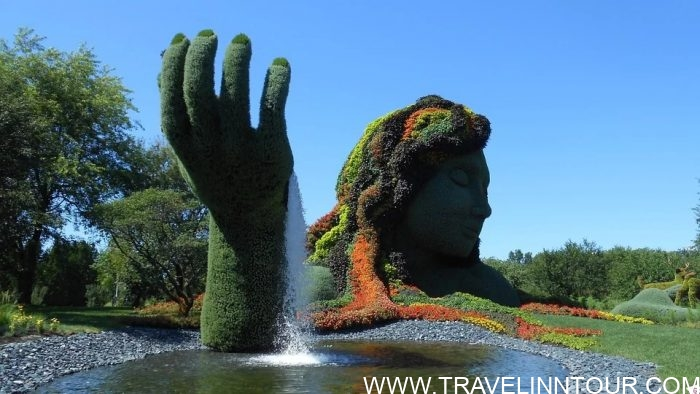 Garden Botanique Statue Fountain Montreal e1576802641152 - 19 Best Vacation Destinations With Family Around The World