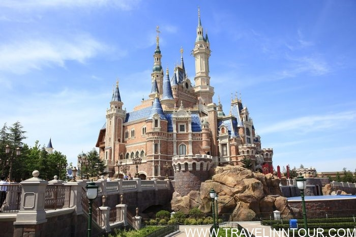 Shanghai Disney Castle 1 e1576810815578 - 19 Best Vacation Destinations With Family Around The World