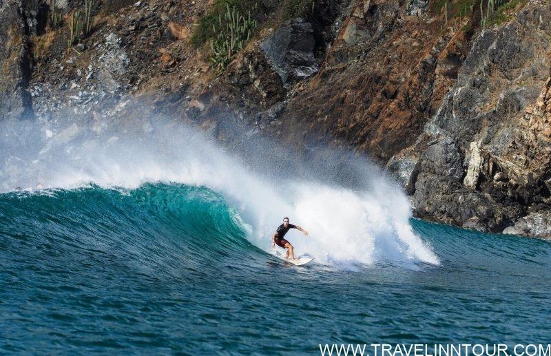 Surfing, Playa Hermosa