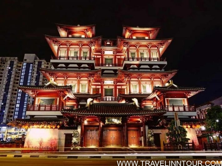 Chinatown Singapore Buddha Tooth Relic Temple e1588590891504 - What to Do In Chinatown, Singapore