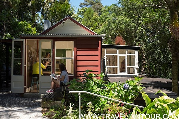 The McCahon House Museum