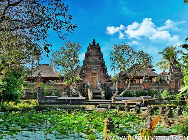 saraswati temple in ubud